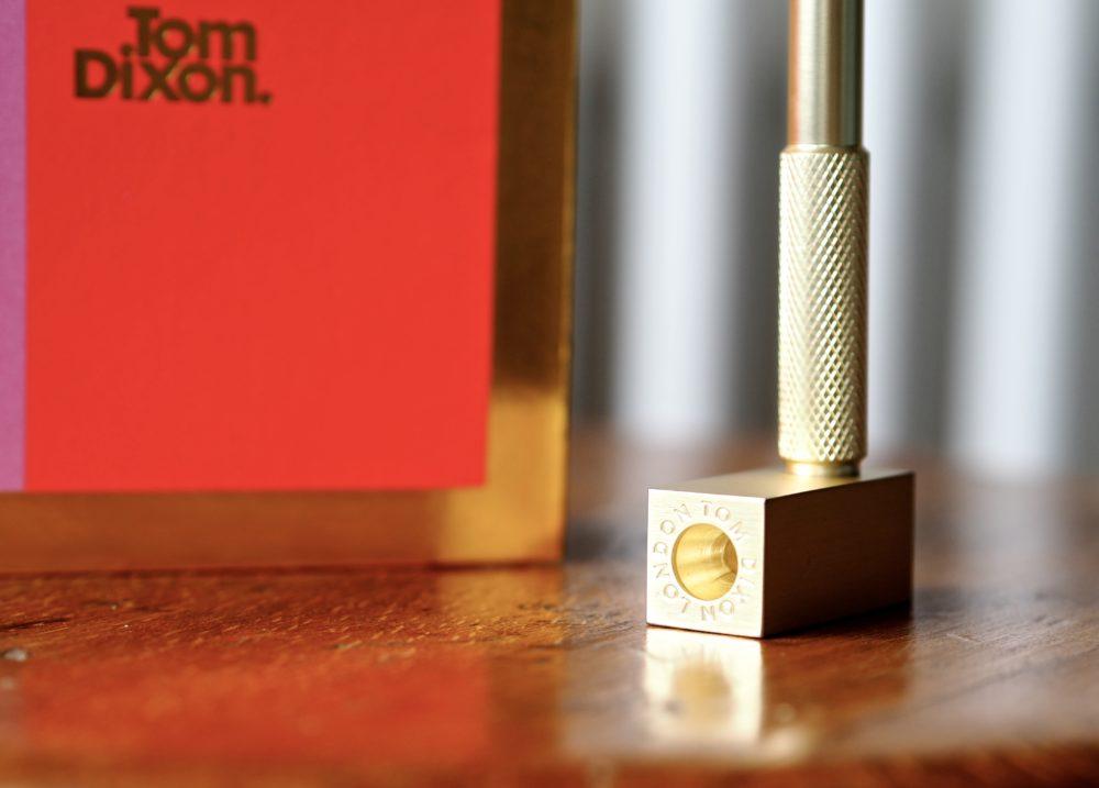 Tom-Dixon-Note-Book-Pen-gold.