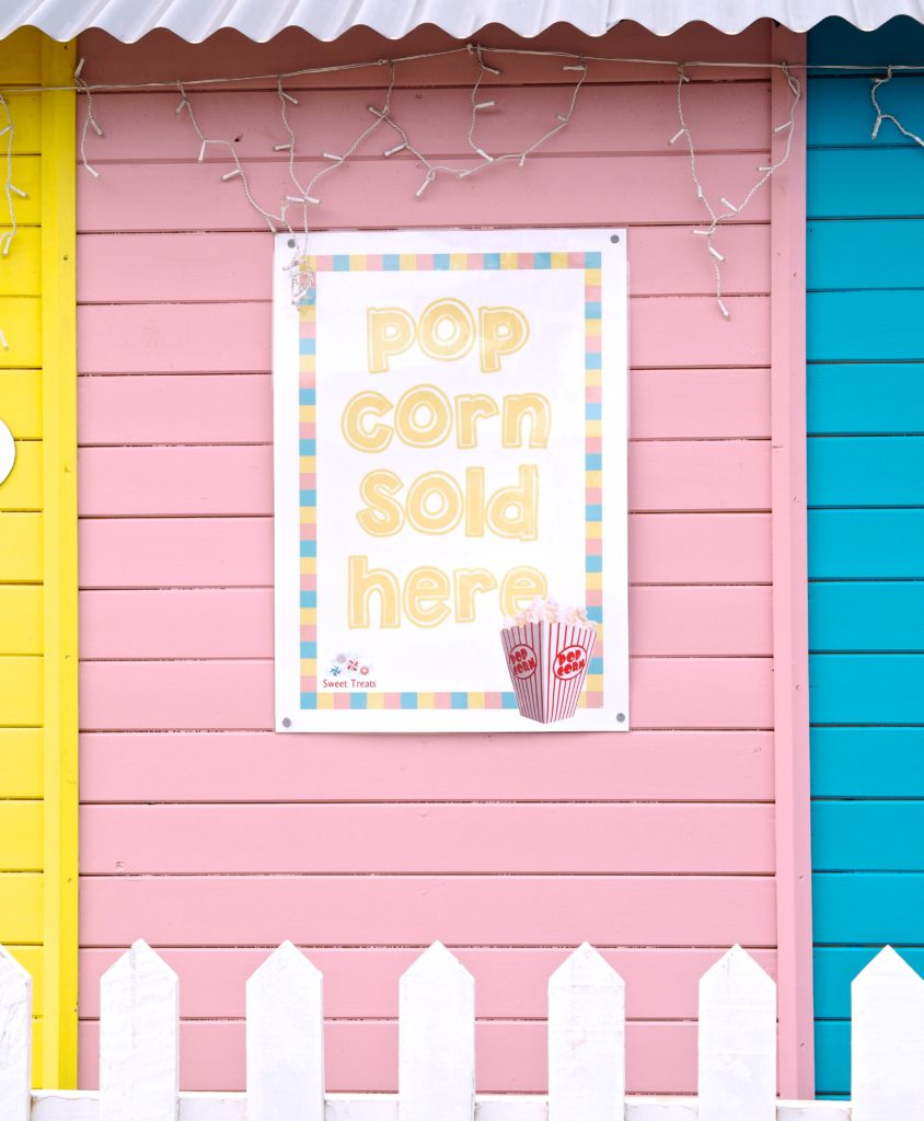 dreamland-margate-popcorn-sign-pastel-rainbow