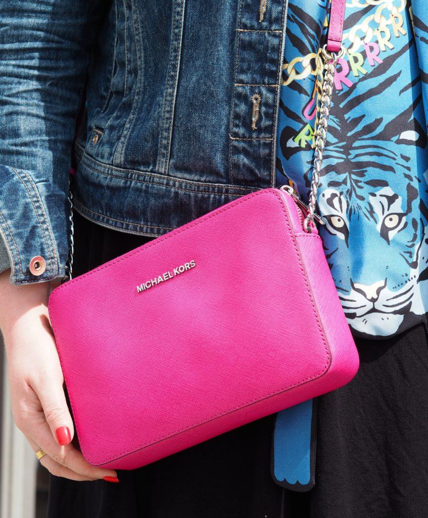 michael-kors-pink-handbag-shoulder-bag