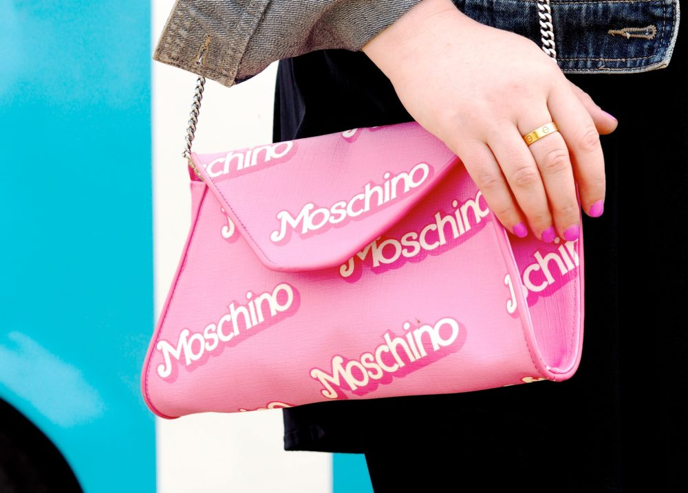 moschino-barbie-pink-handbag-clutch-bag-cute