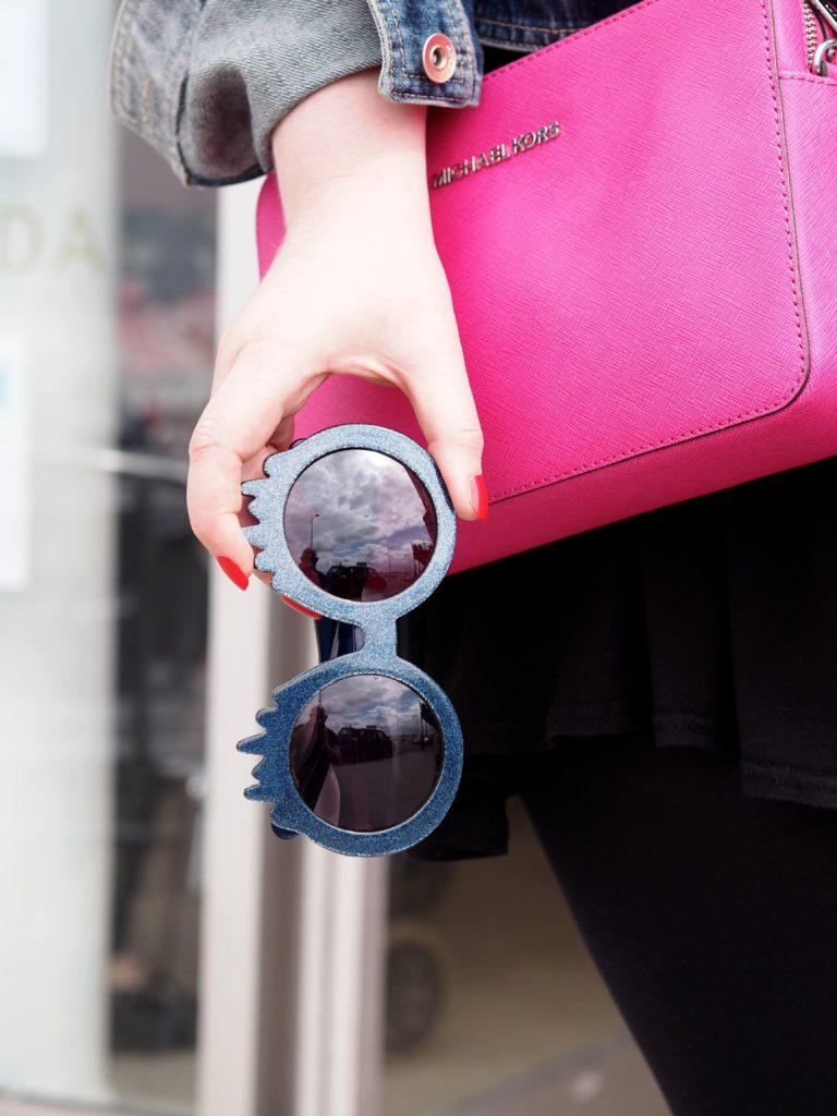 slime-time-dripping-sunglasses-blue-glitte