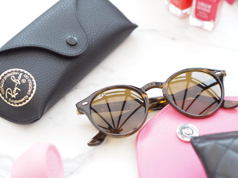Win-Ray-Ban-Sunglasses-with-Sunglasses-Shop
