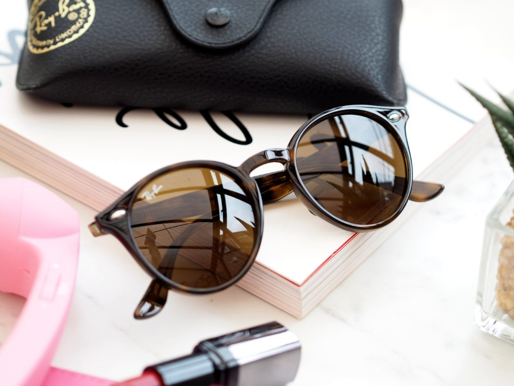 Win-Ray-Ban-Sunglasses-with-Sunglasses-Shop-round