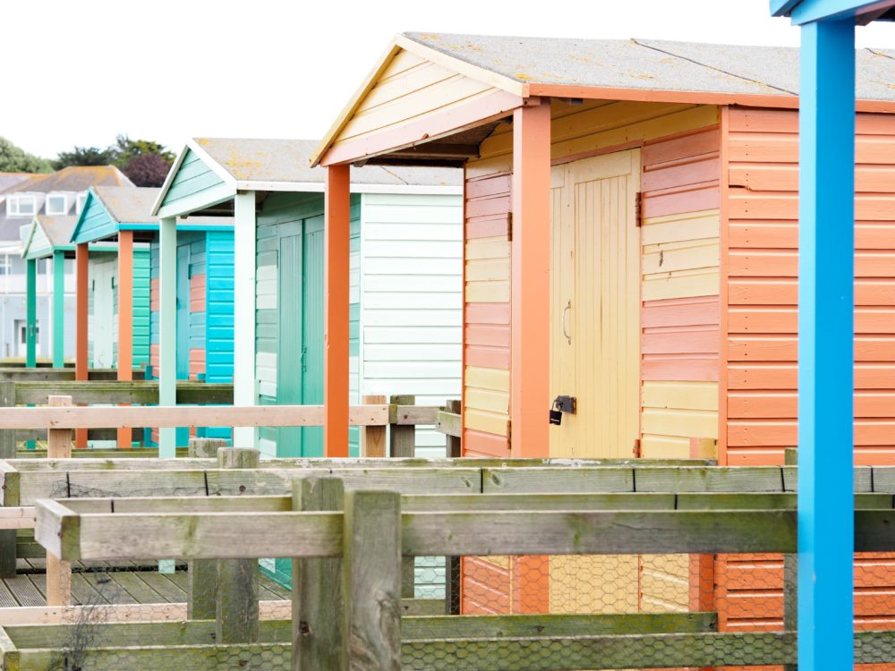 colourful-beach-huts-whitstable-kent