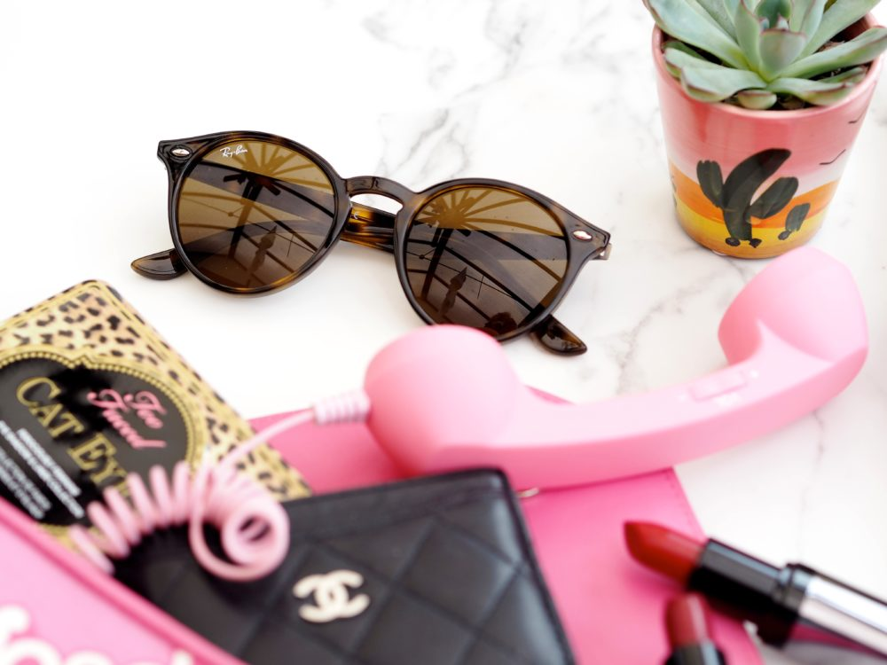 fashion-for-lunch-win-ray-ban-sunglasses