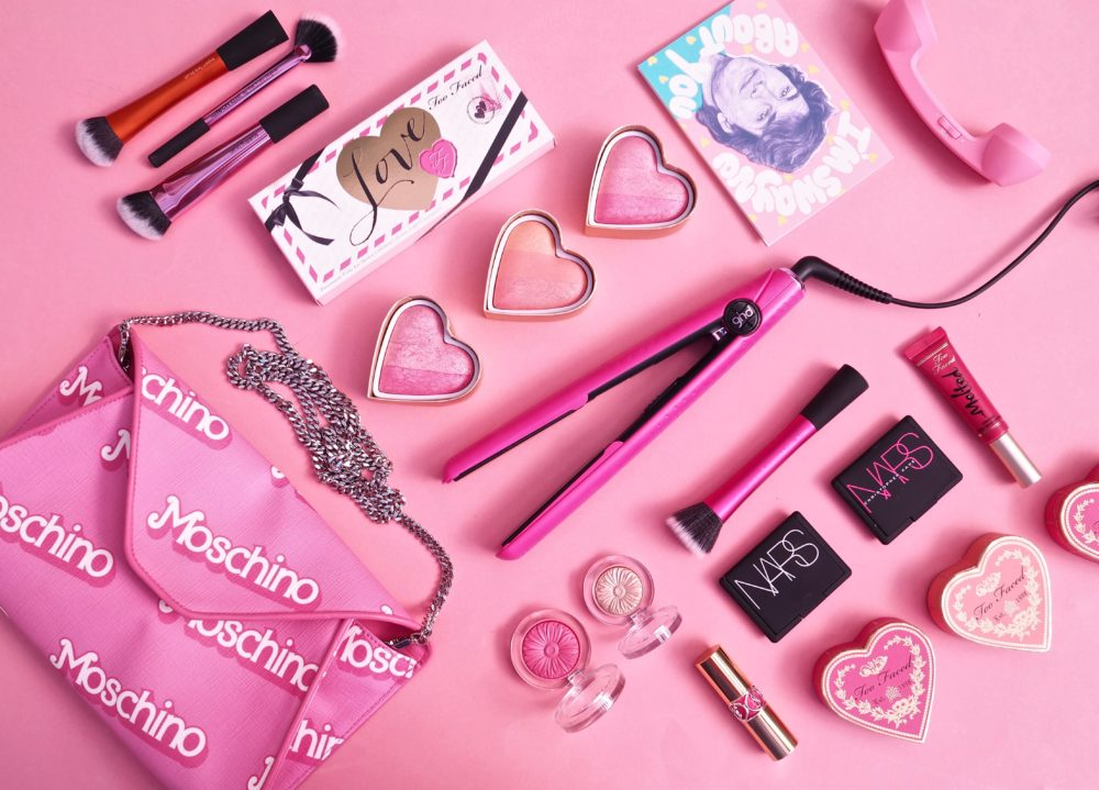 Beauty: ghd Limited Edition Electric Pink Range In Support Of Breast Cancer Now