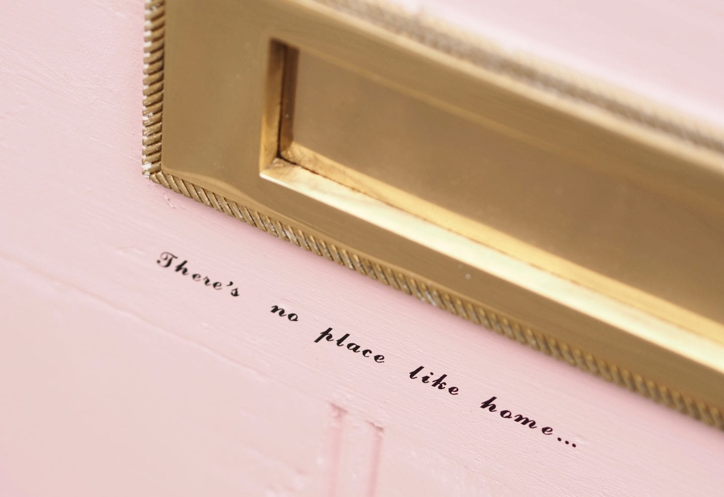 Pink-door-makeover-theres-no-place-like-home