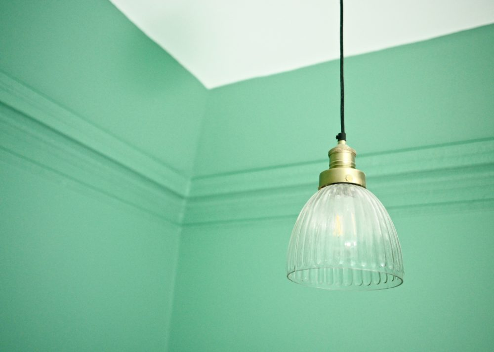 green-wall-room-valspar-paint-