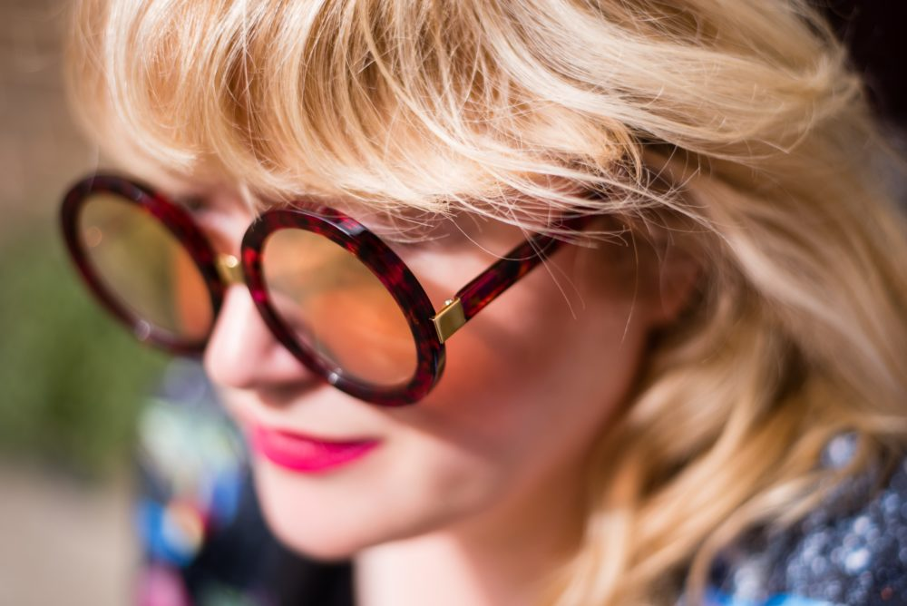 red-mirrored-sunglasses-wildfox-la-round-frame