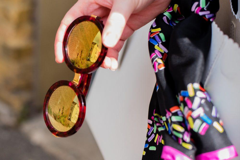 wildfox-round-sunglasses-red-mirrored-rock-star-sunnies