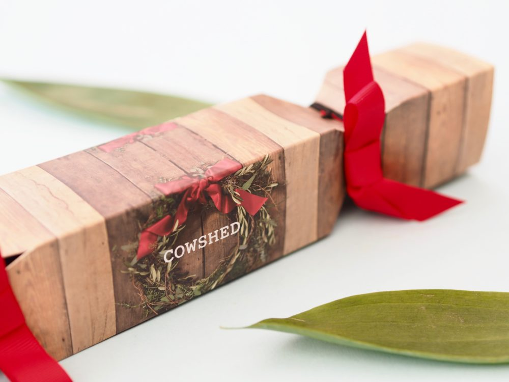 Cowshed-Wreath-Cracker
