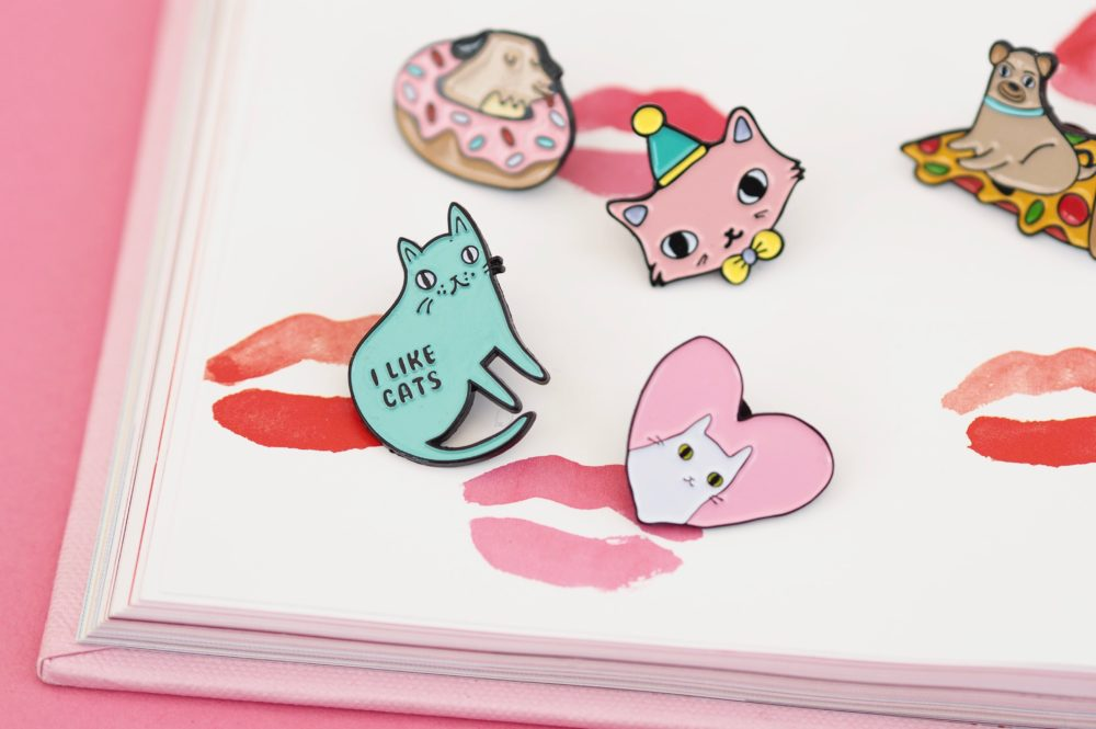 Etsy-Pin-Badges-toby-cats