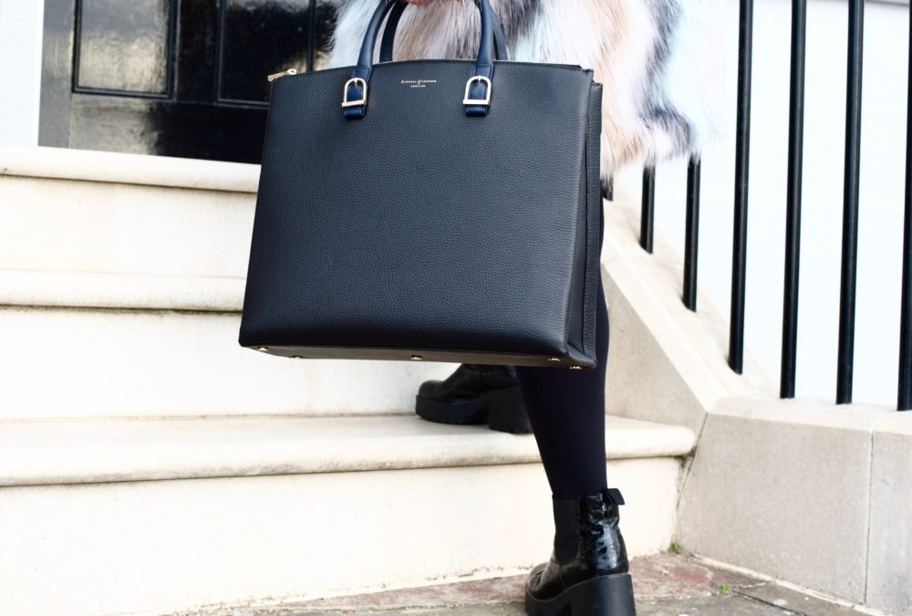 aspinal-of-london-blue-and-black-the-editors-tote-handbag-bag-fashion-blogger