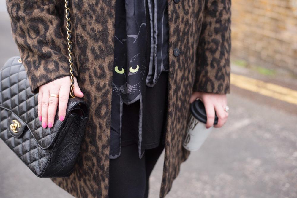 cleo ferin mercury cat scarf black
