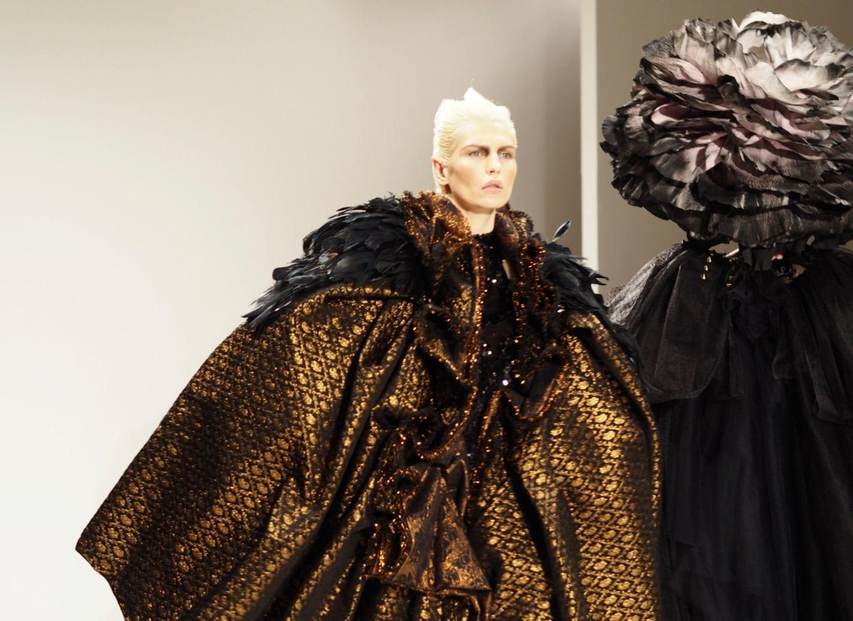 LFW-Hellavagirl-X-Benefit-Cosmetics-london-fashion-week-catwalk-fashion-scout