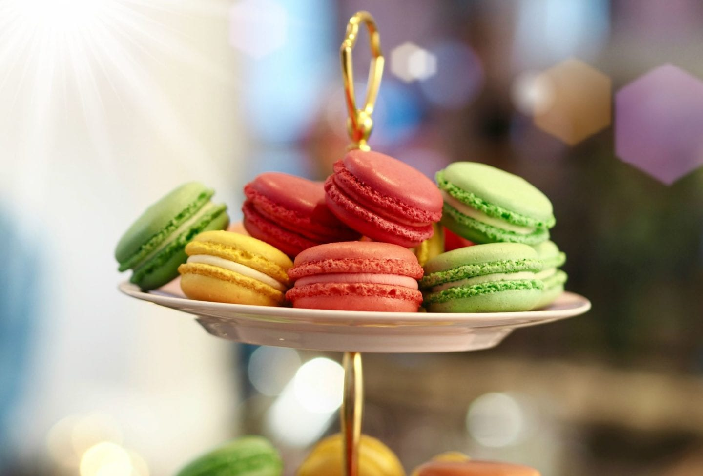 macaroons-on-cake-stand.