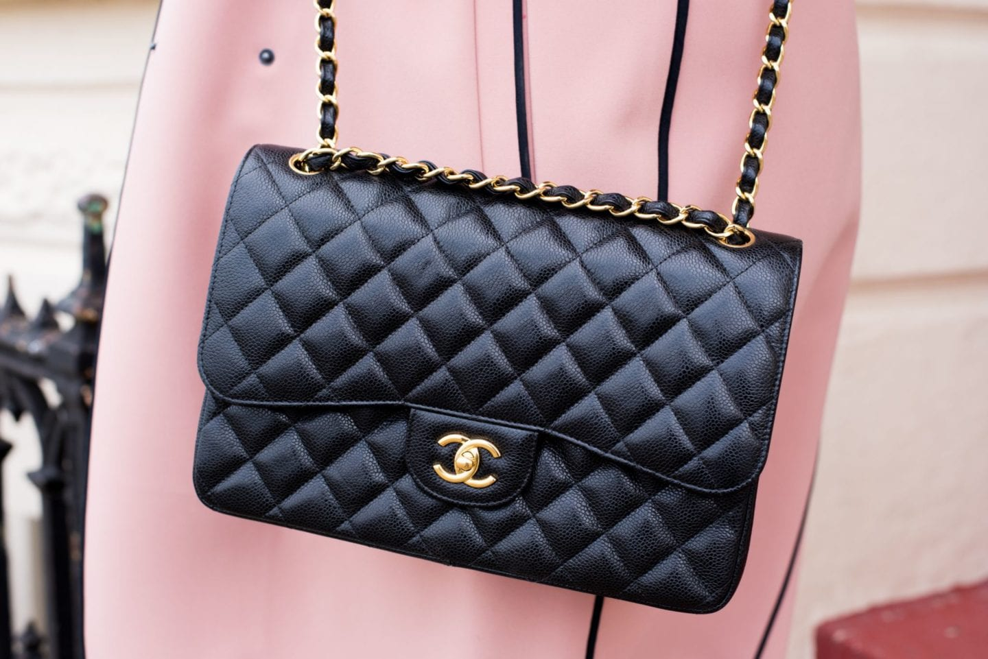 chanel handbag black leather jumbo