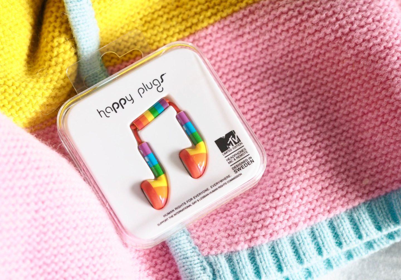 happy plugs rainbow headphones