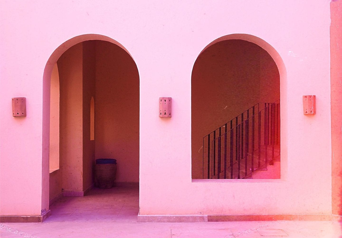 pink-door-ways-egypt-soma-bay
