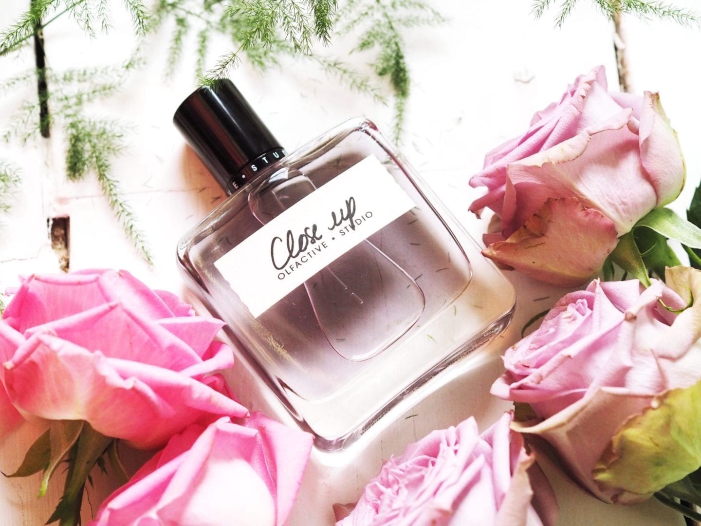 Olfactive-Studio-Close-Up-perfume-review--1440x1080