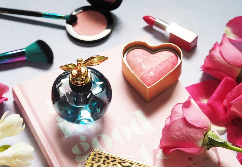 nina ricci perfume honey based