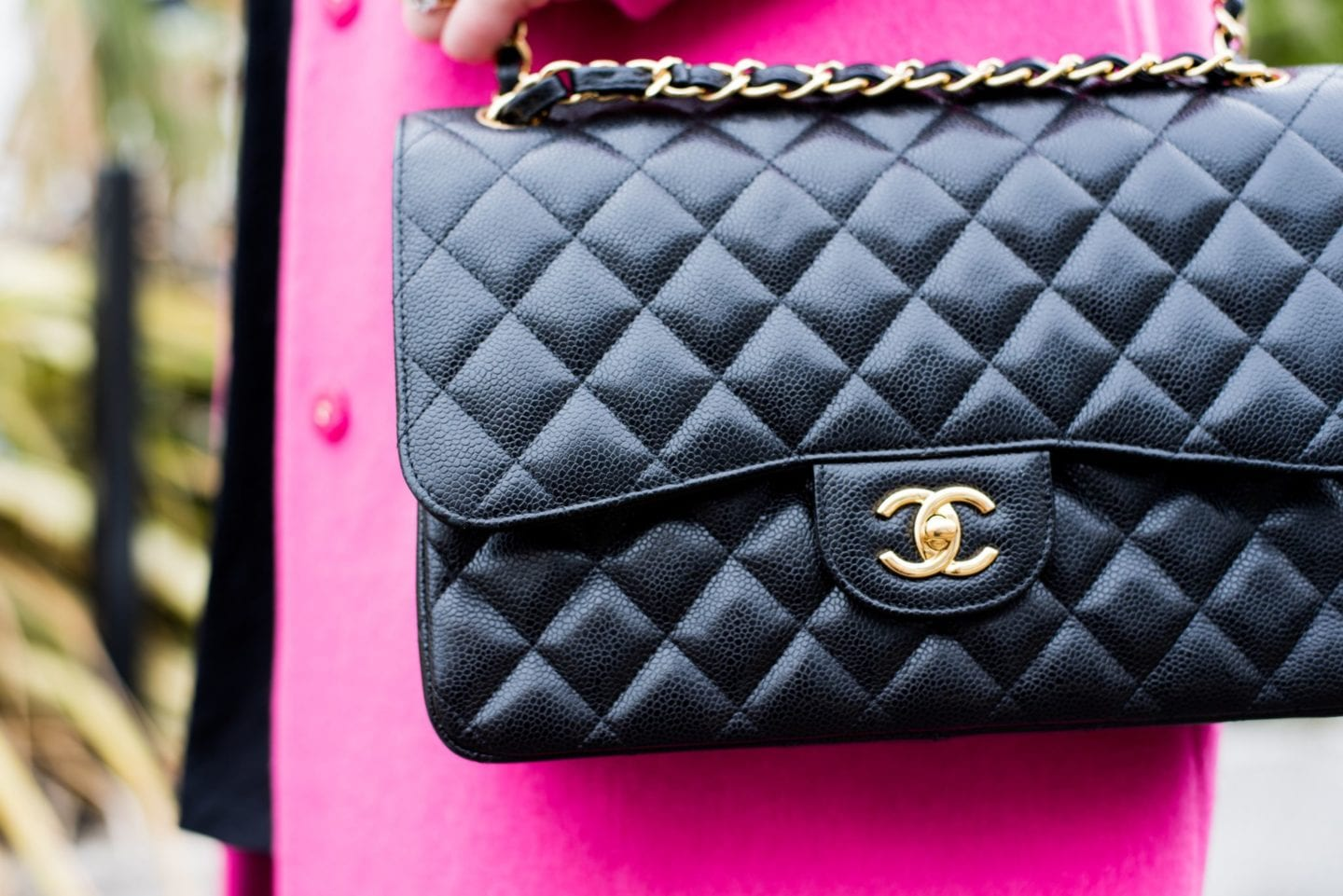 chanel caviar leather handbag black
