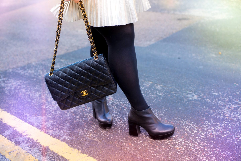 chanel caviar leather handbag black classic flap bag