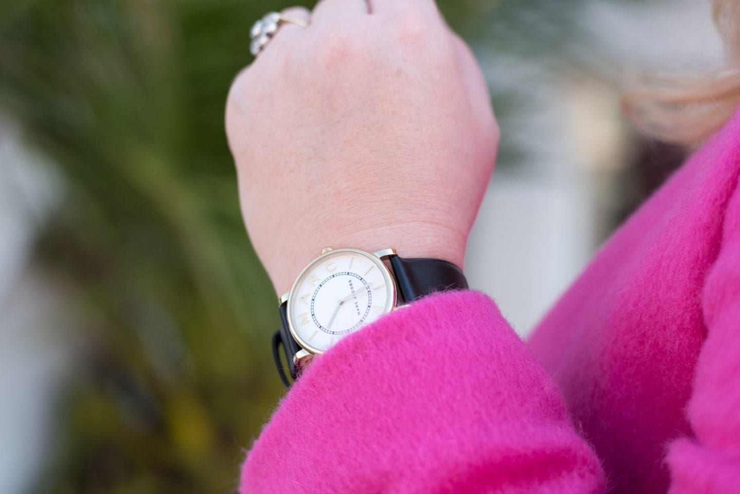 marc jacobs watch black and white very exclusive