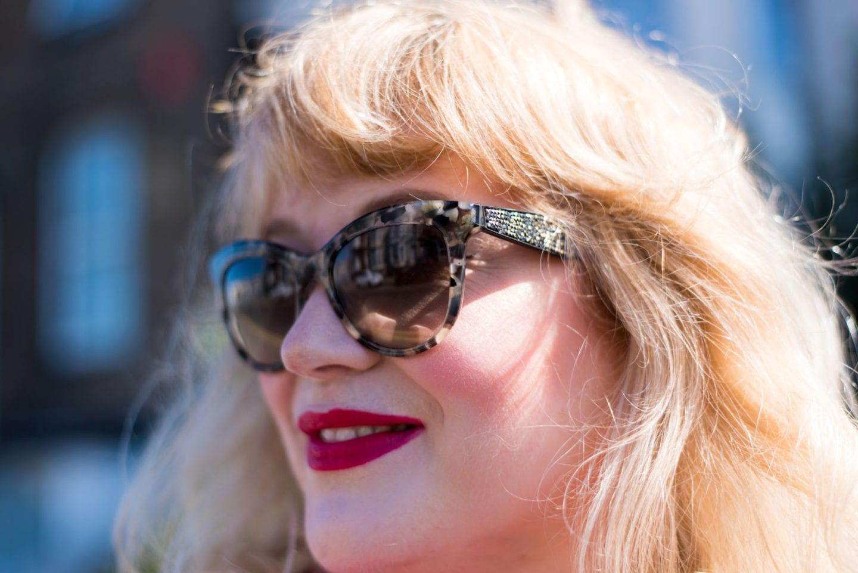 miu miu crystal sunglasses in the sun sparkles