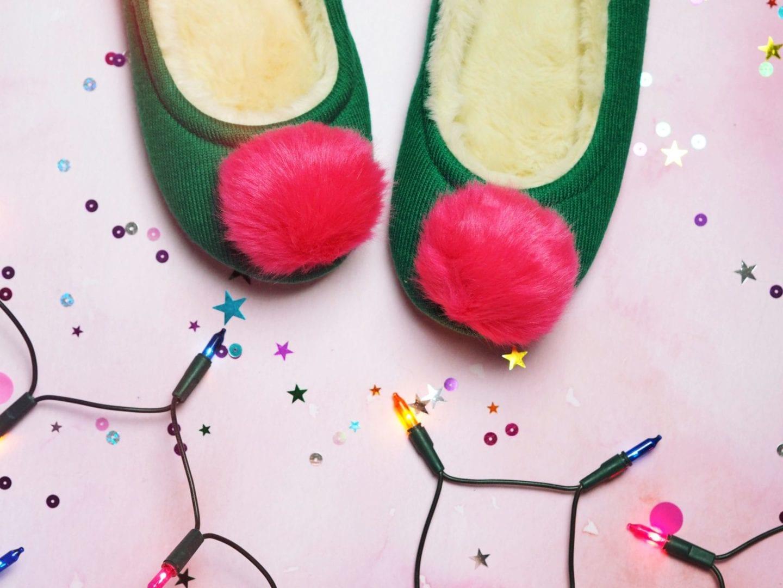 boden-slippers-pom-poms