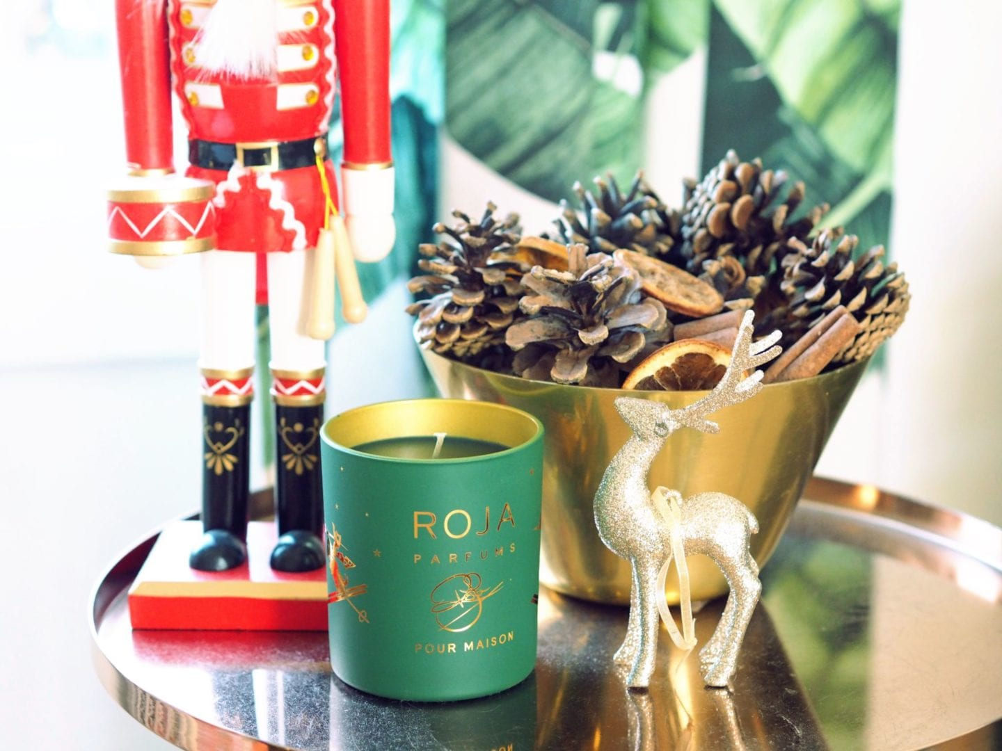 roja christmas candle