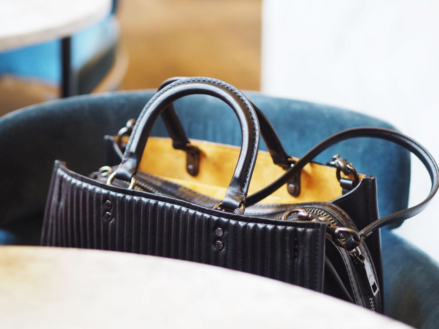 Review: Why The Coach Rogue Bag Is The PERFECT Tote Handbag!