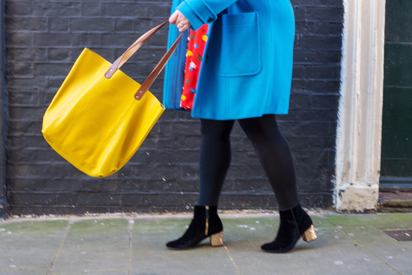 Style: Primary Colours