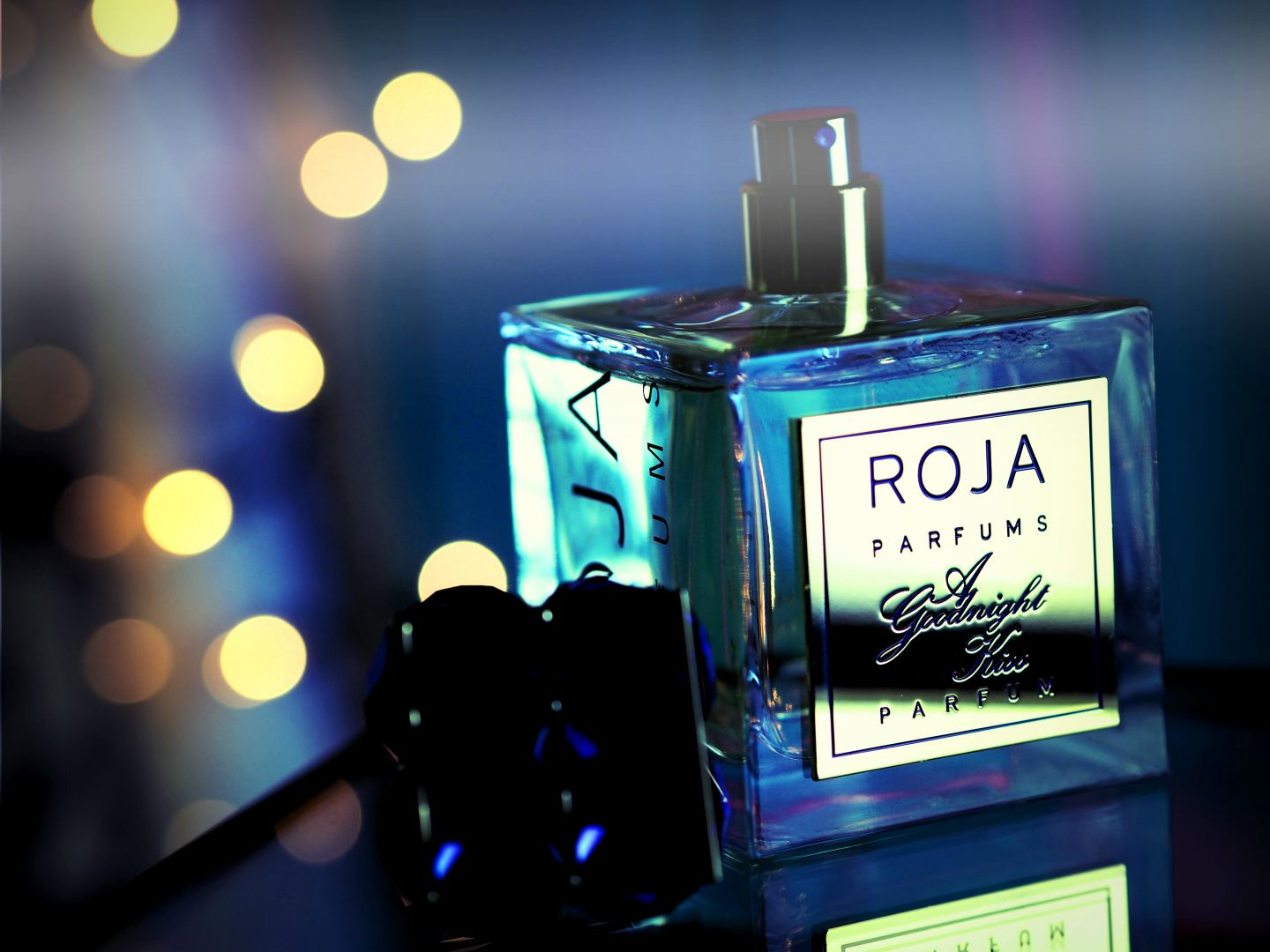 Perfume: Roja 'A Goodnight Kiss'