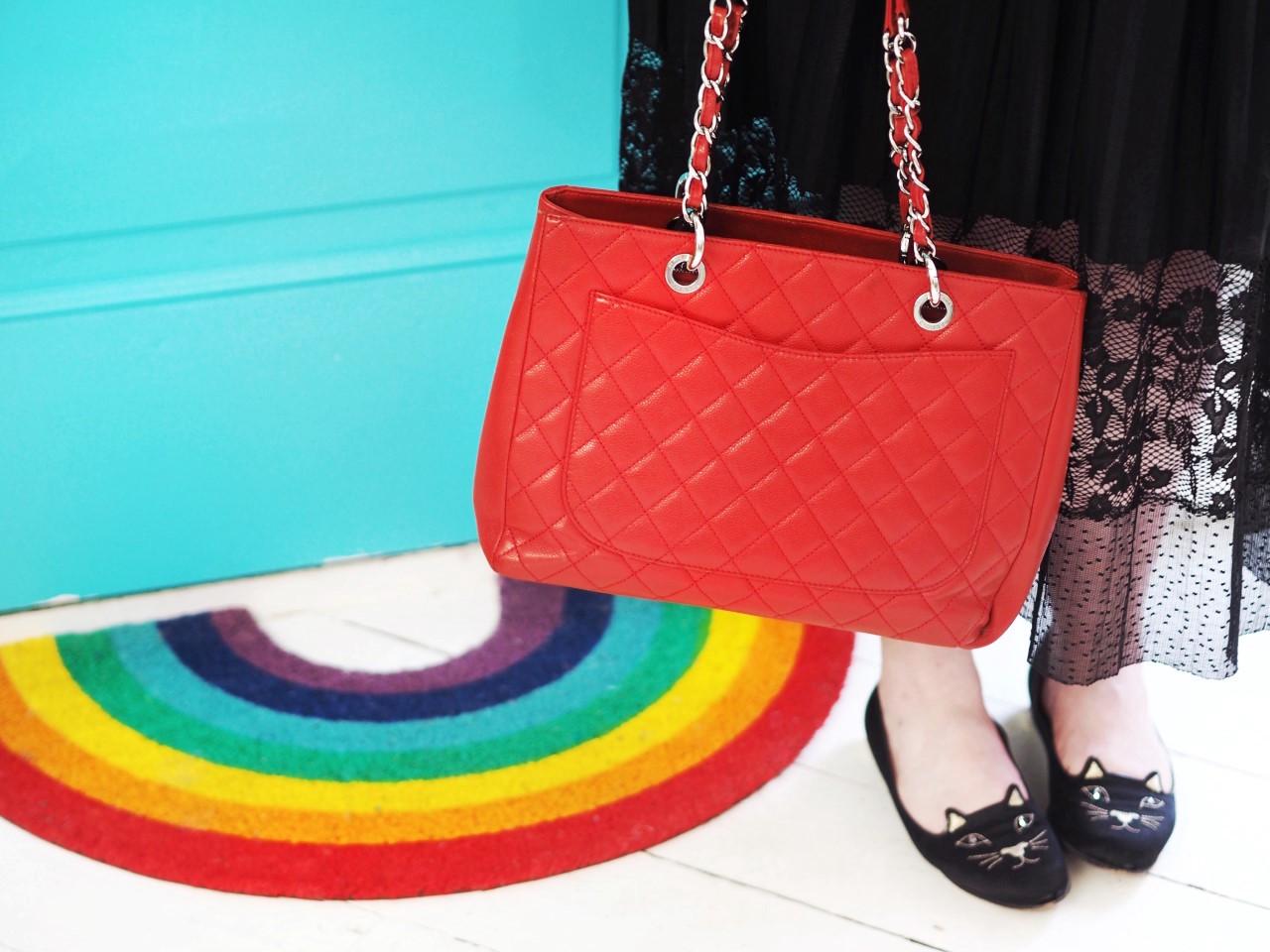 chanel red GST handbag bag tote back pocket
