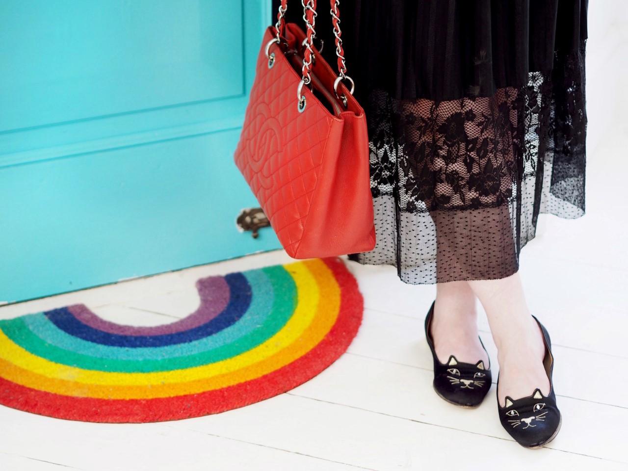 chanel red GST handbag bag tote vitnage auction