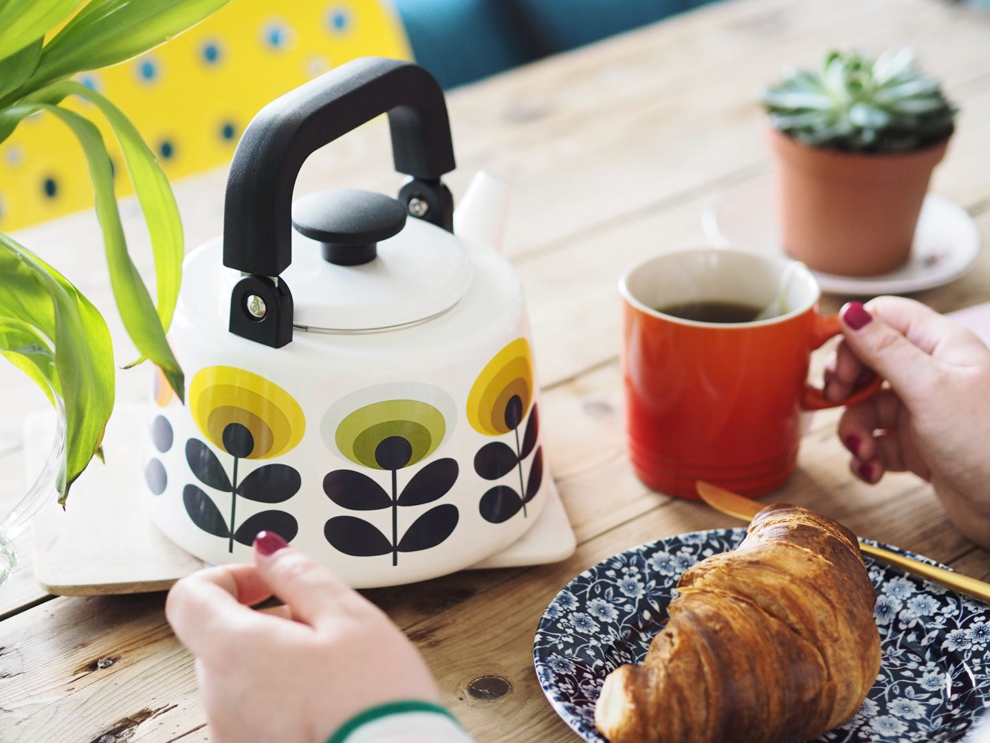 orla kiely teapot retro 1970s colourful home interiors blog blogger