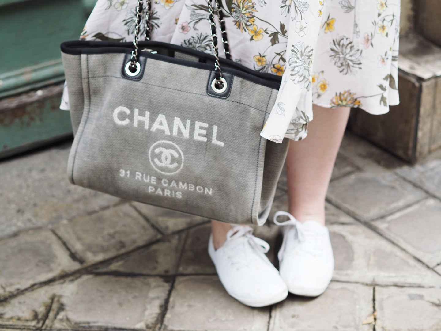 chanel tote bag handbag deauvilles grey
