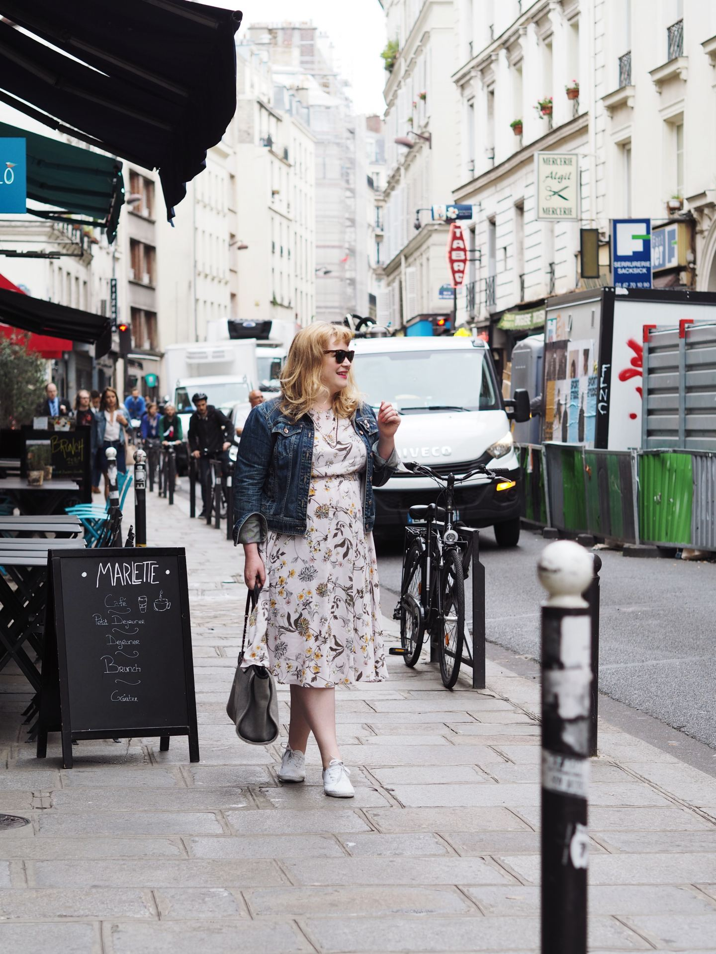 fashion for lunch blog curve uk blogger vintage floral dress