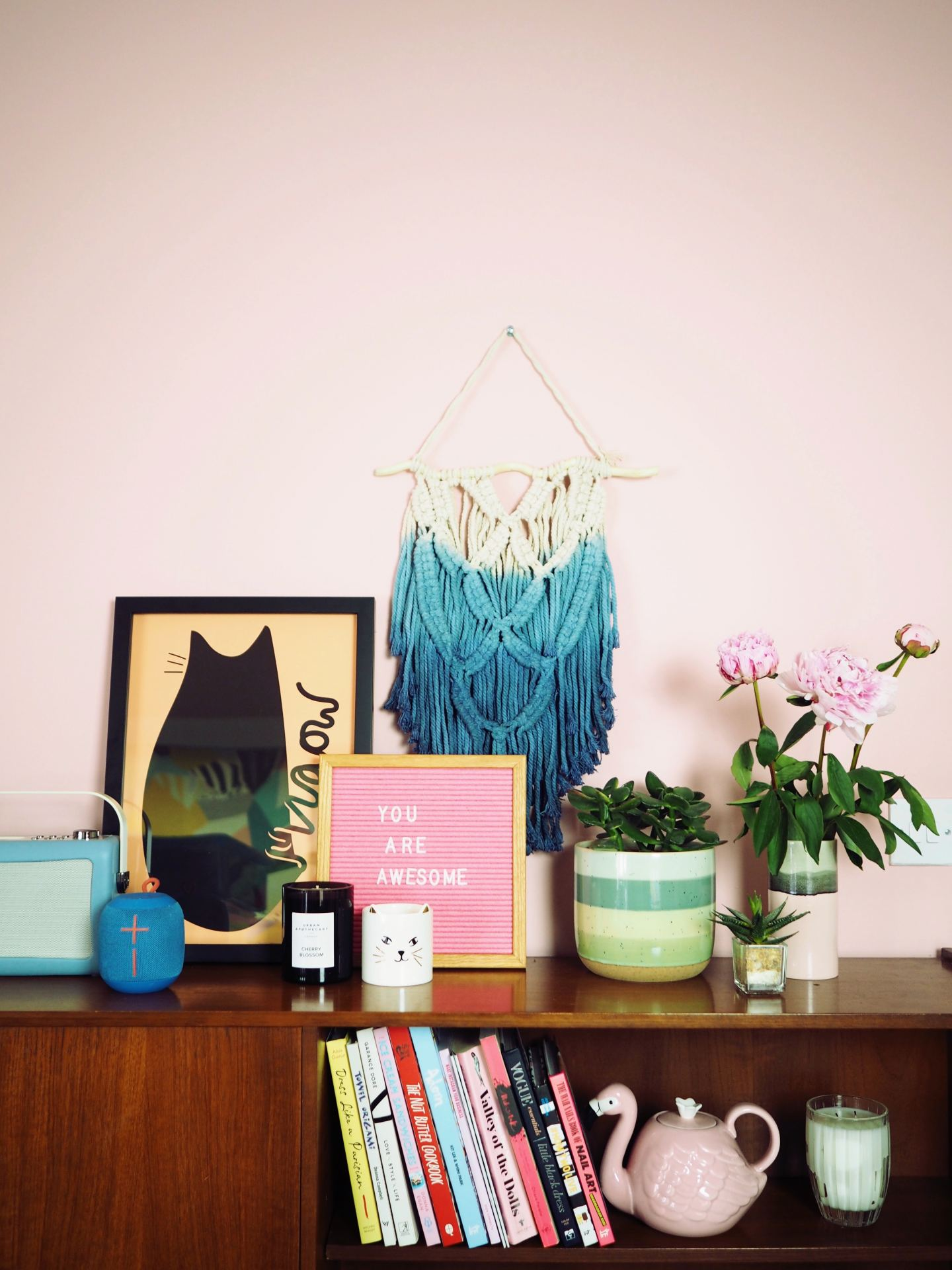 fashion for lunch blog shelfie oliver bonas cat print art wall hanging