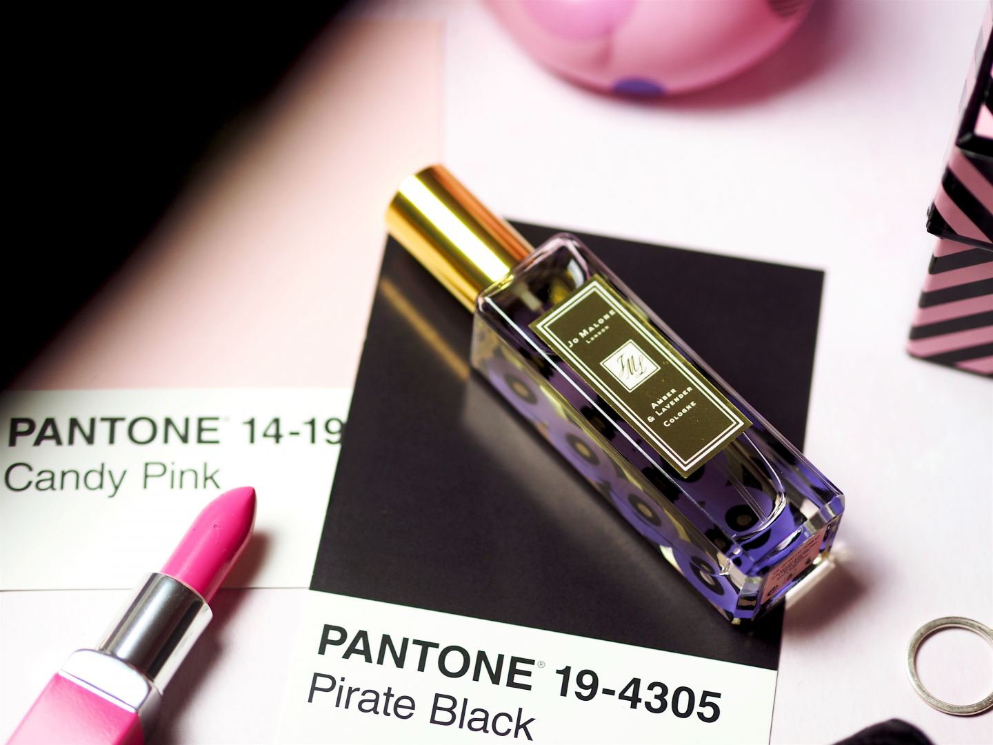 o Malone London X PoppyDelevingne Queen Of Pop amber and lavender perfume