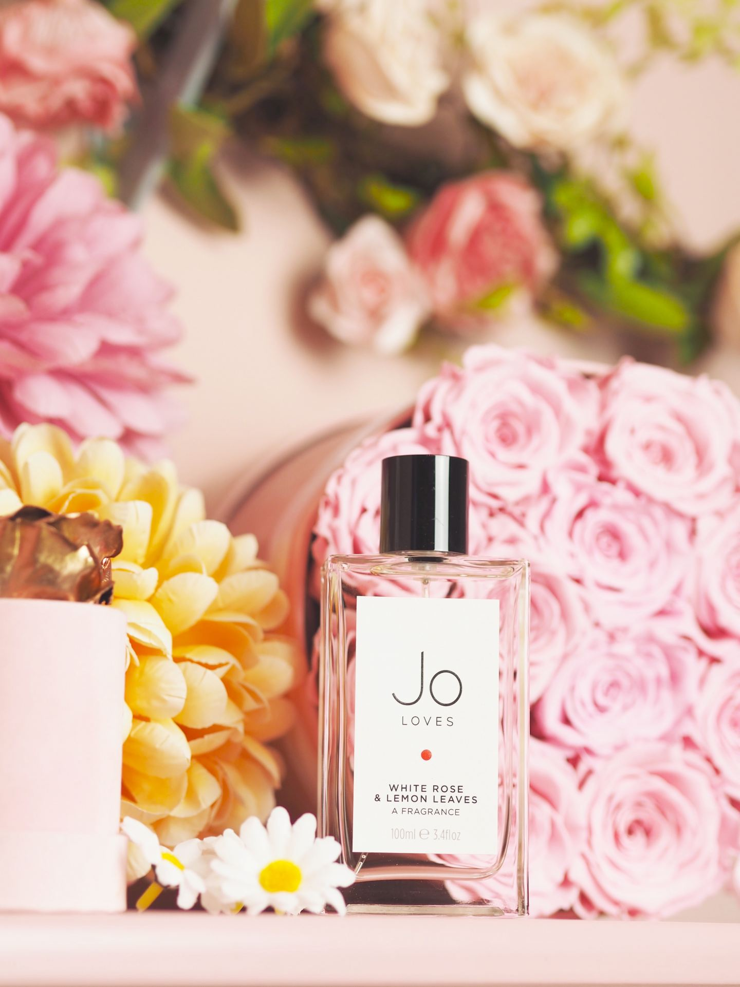 Jo-Loves-White-Roses-Lemon-Leaves-perfume-cologne
