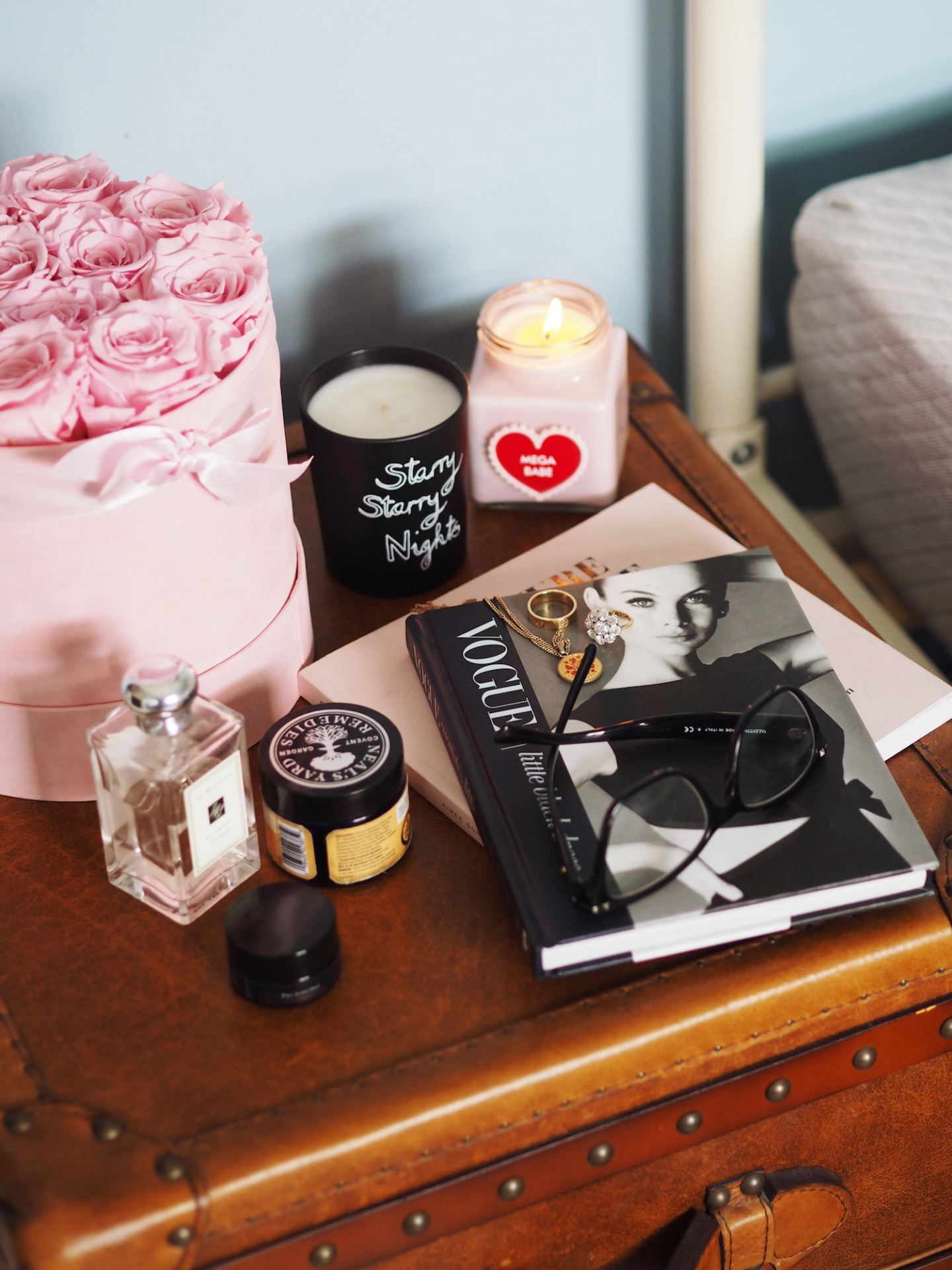 bedside table styling fashion fo rlunch blog one year roses