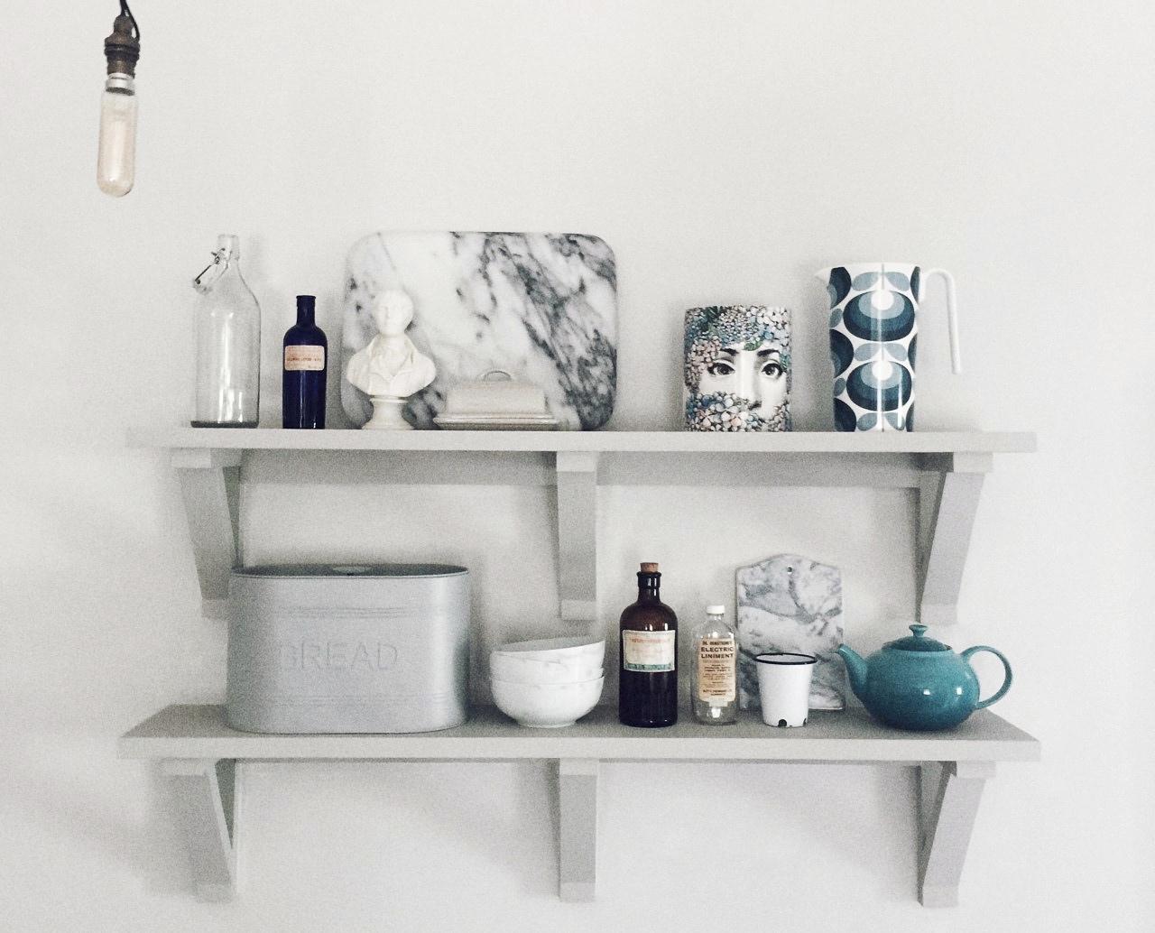 kitchen shelfie fashion for lunch blog