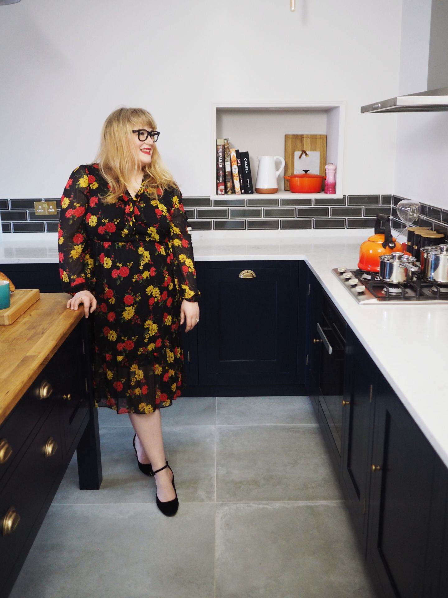 harvey jones kitchen navy blue fashion for lunch blog kitchen