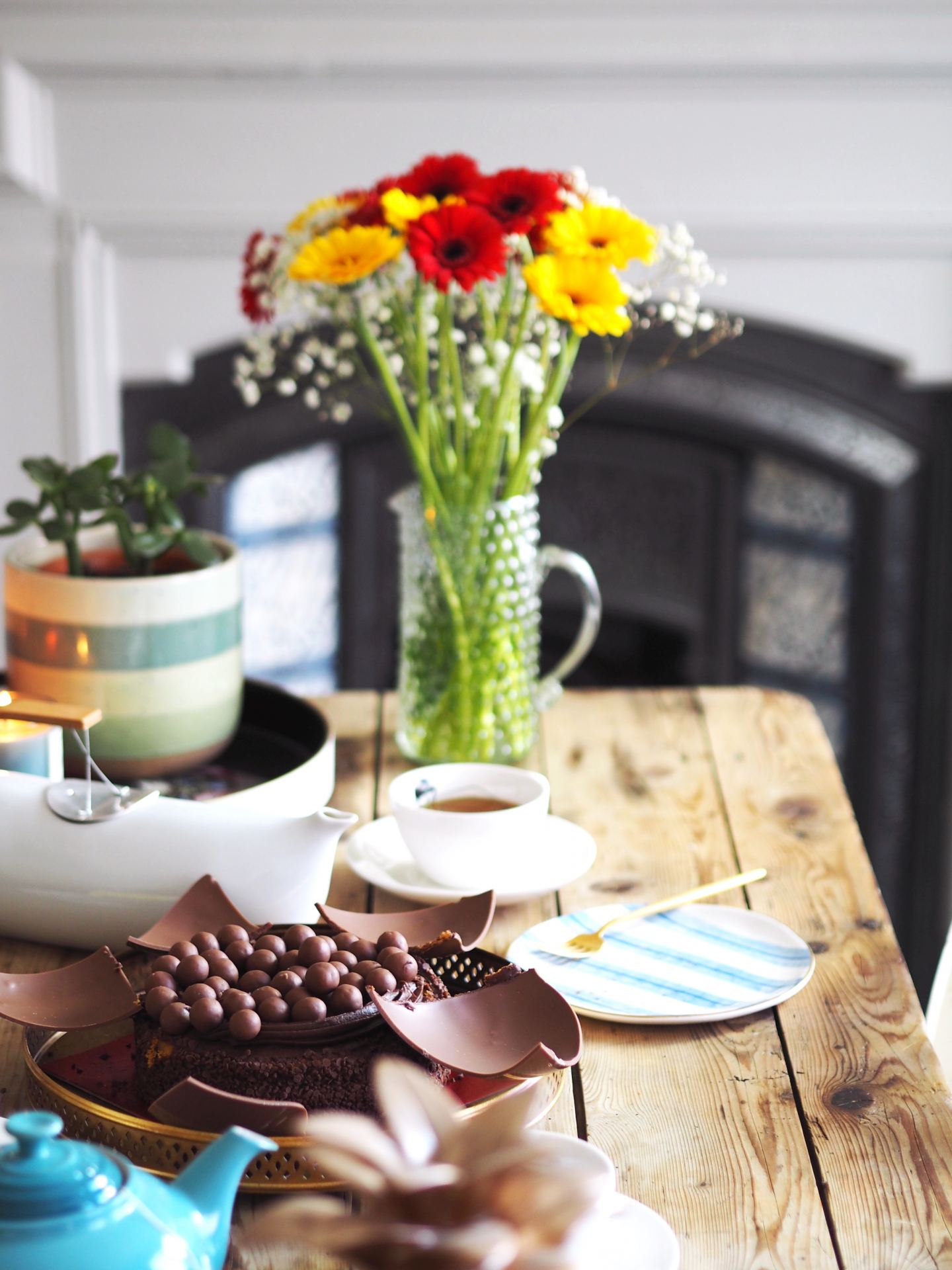 malteaser smash cake why it's important to have more fun flowers fashon for lunch blog labelsforlunch