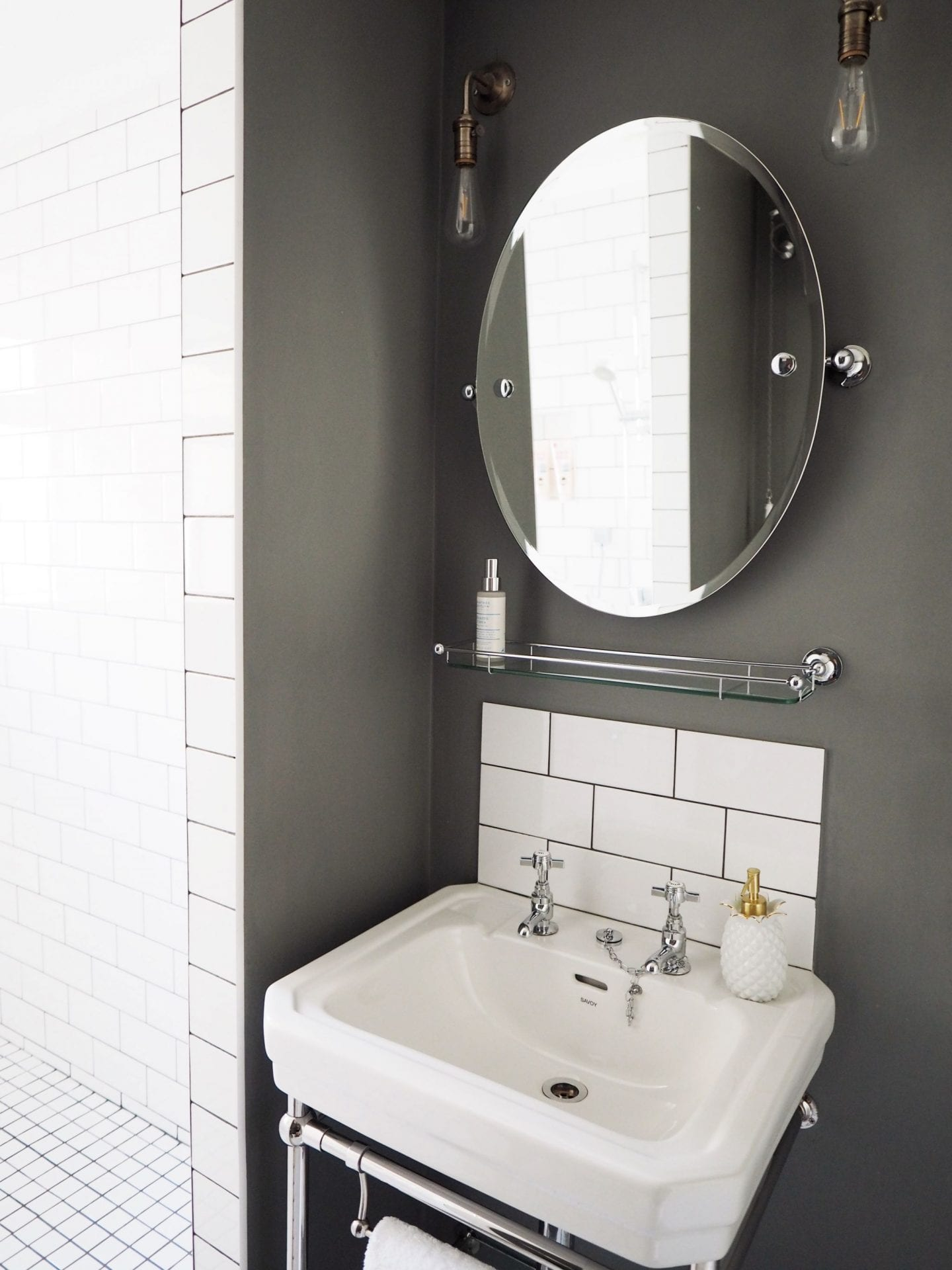 margate airbnb apartment best places to stay in margate bathroom