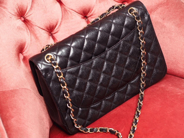 chanel jumbo handbag black caviar leather review gold hardware