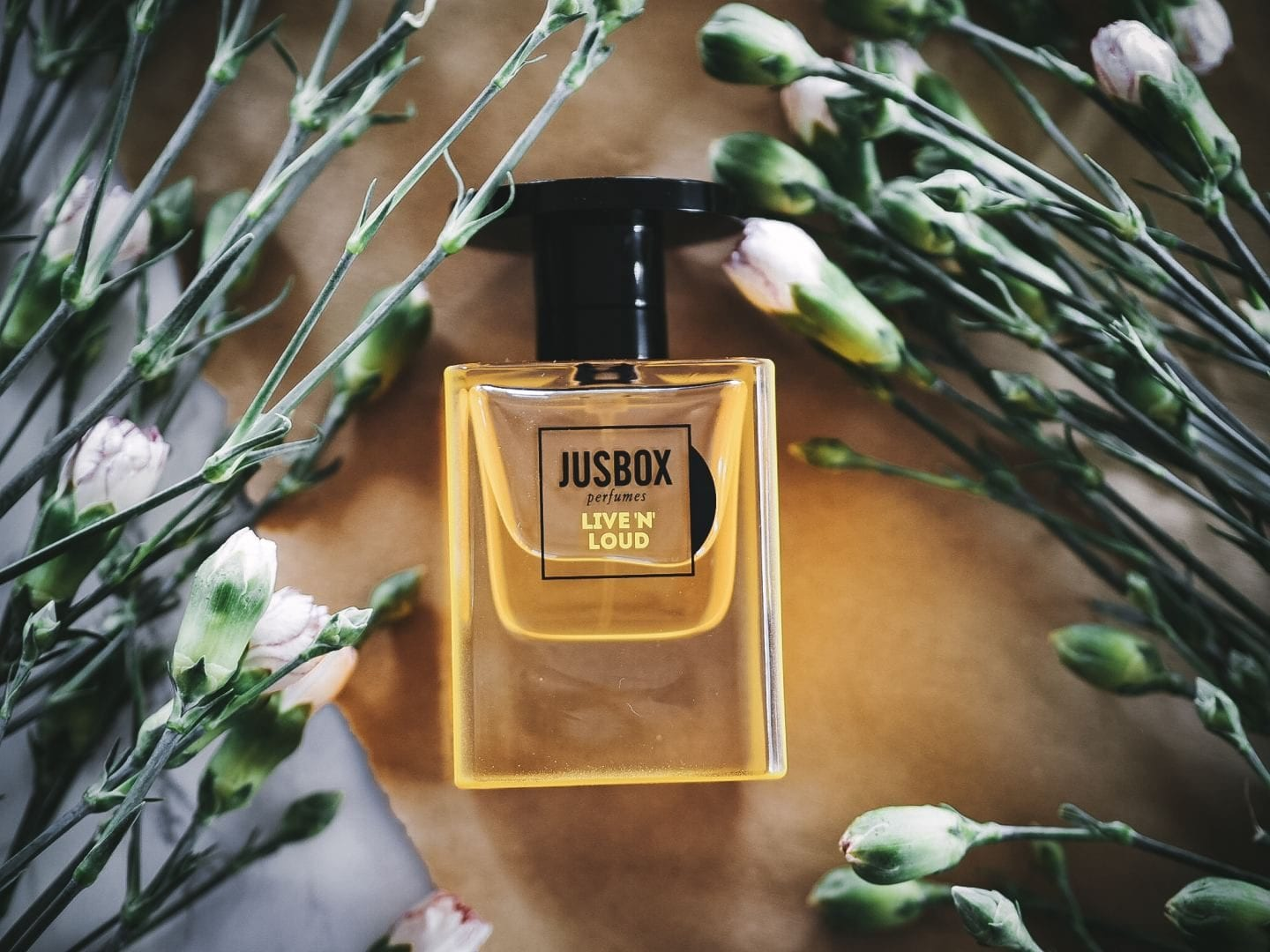 JUSBOX 'Live 'N' Loud' perfume fragrance review.