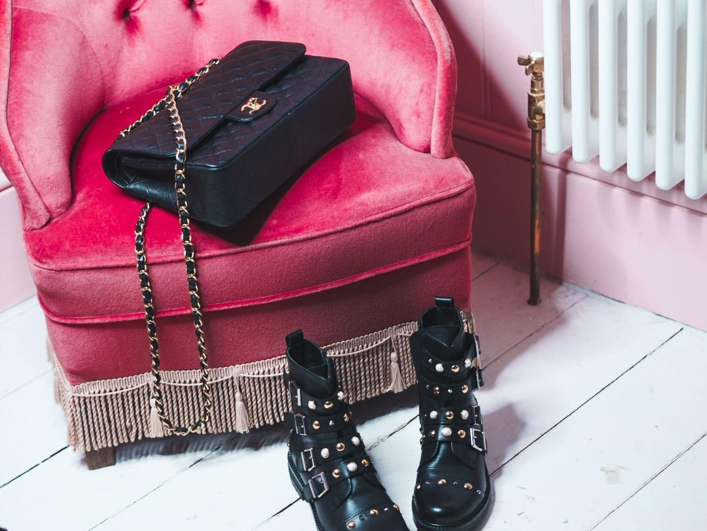 black caviar handbag chanel review jumbo classic flap review gold hardwear hardware